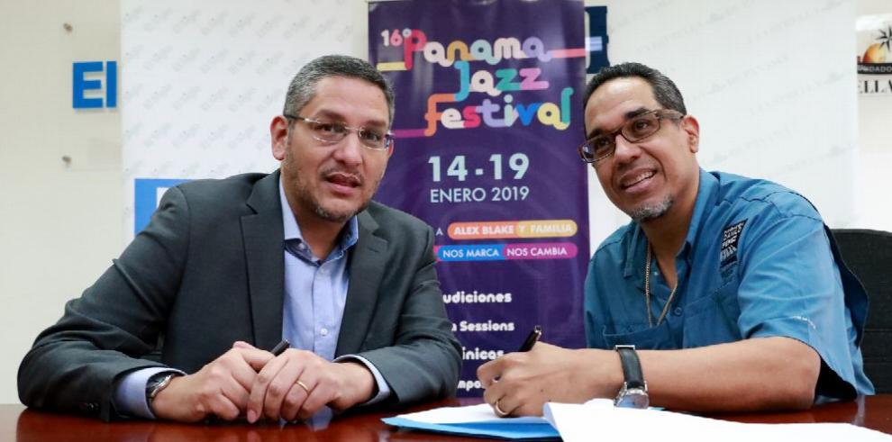 'La Estrella de Panamá' y 'El Siglo' firman convenio con Panama Jazz Festival