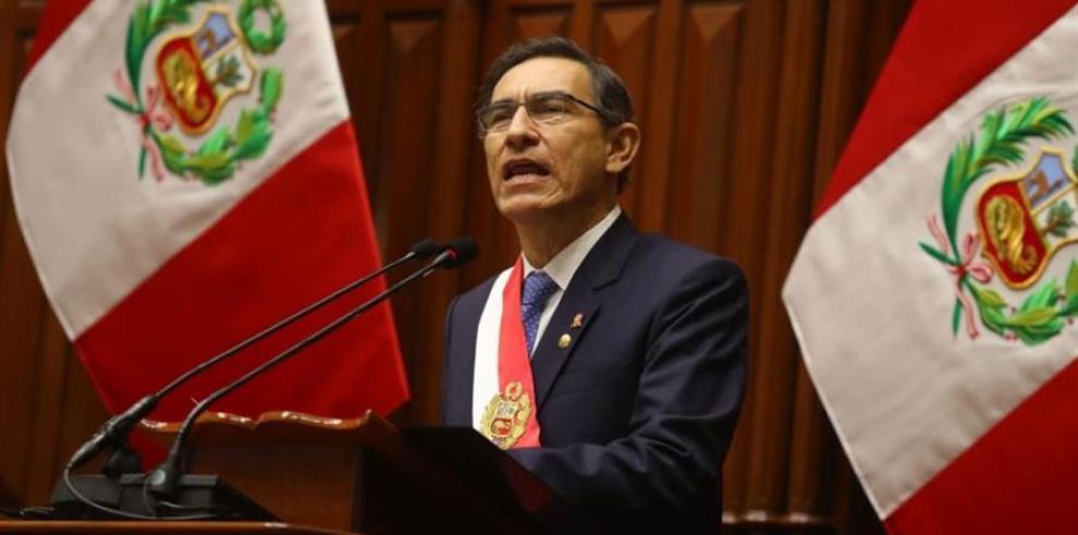 El presidente de Perú está dispuesto a recortar su mandato por las reformas políticas
