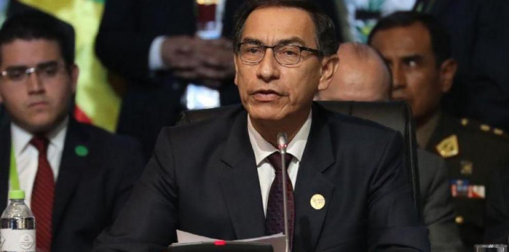 El presidente de Perú propone adelanto de las elecciones para 2020