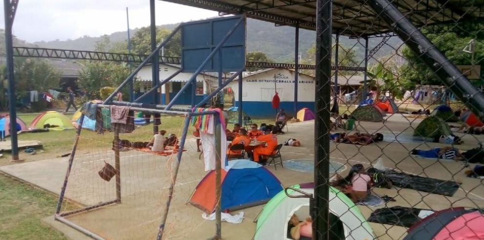 Una nueva ola de inmigrantes cubanos y africanos en Guna Yala