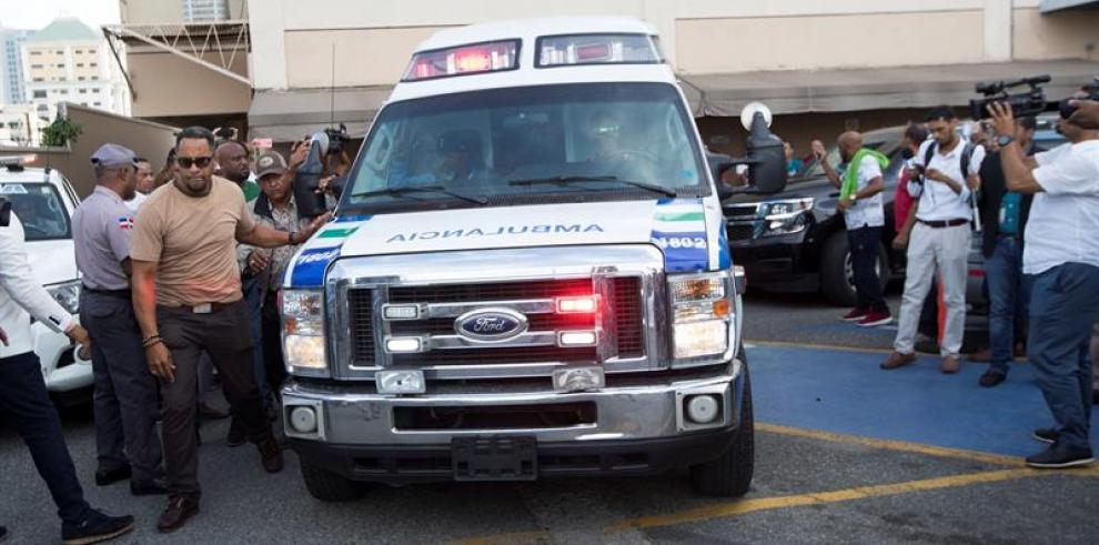 Trasladan a centro médico de Boston al expelotero dominicano David Ortiz