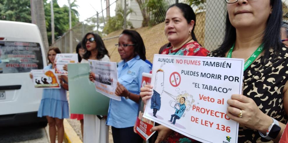 'Proyecto de ley 136 representa un retroceso en la lucha contra el tabaco', Mayo