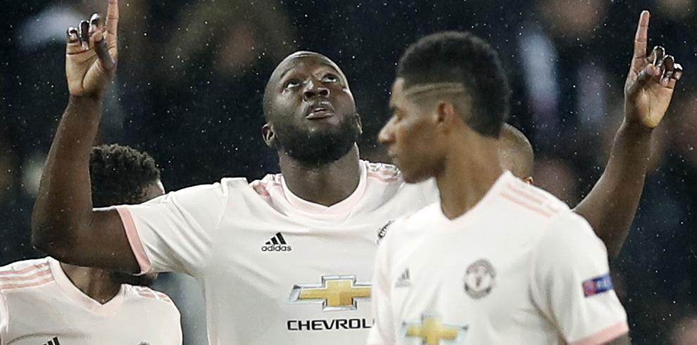 El Manchester remonta y elimina al PSG de la Champions
