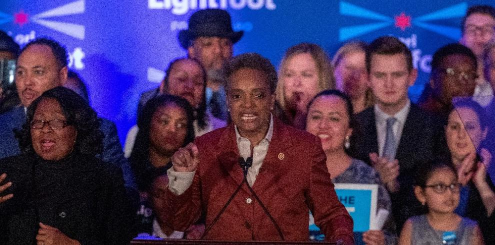 LoriLightfootla primera alcaldesa afroamericana y lesbiana de Chicago