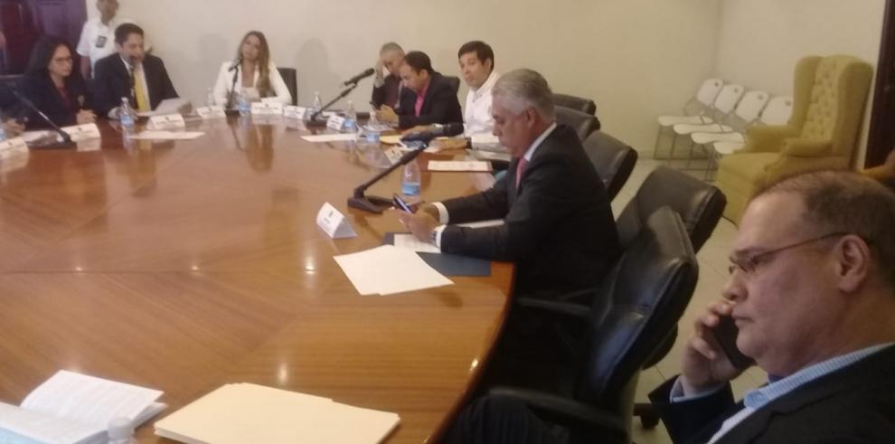 Pedro Miguel pide a diputados del PRD rechazar a directivos de la ACP
