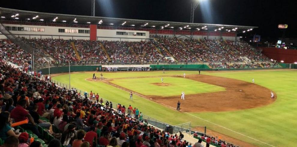 Chiriquí a la semifinal del Béisbol Mayor tras barrer a Panamá Oeste