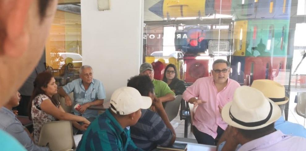 Ameglio se reúne con candidatos de libre postulación de Veraguas y Chiriquí