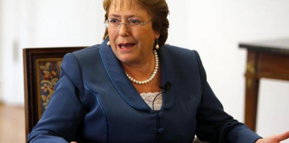 Michelle Bachelet: es importante educar e incluir a la mujer en la gobernanza
