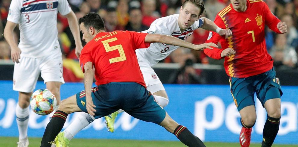 España gana 2-1 a Noruega en clasificatorio a Eurocopa 2020