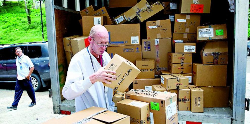 Farmacéuticas eluden solicitudes del Minsa