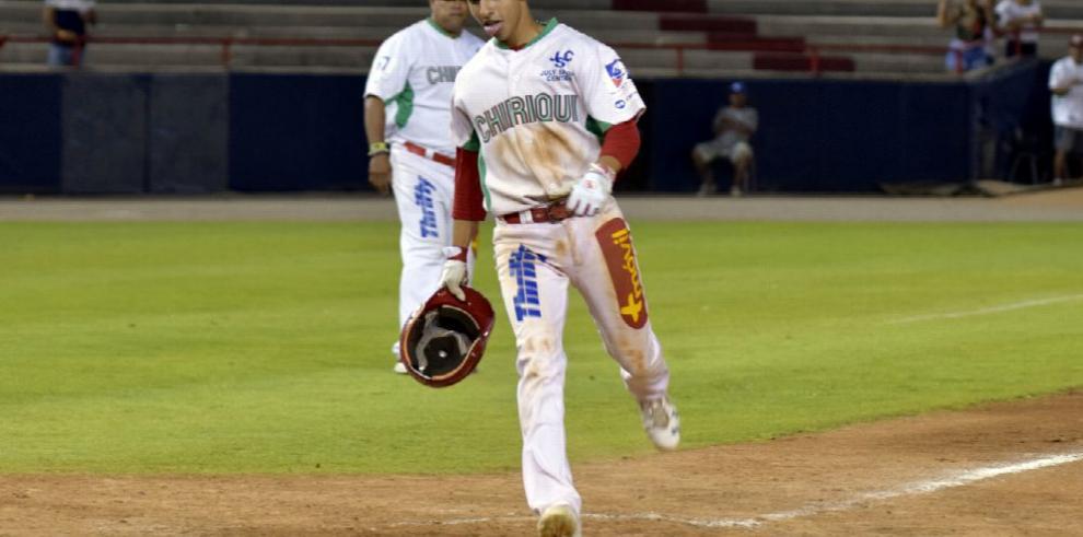 Coclé y Veraguas abren béisbol juvenil