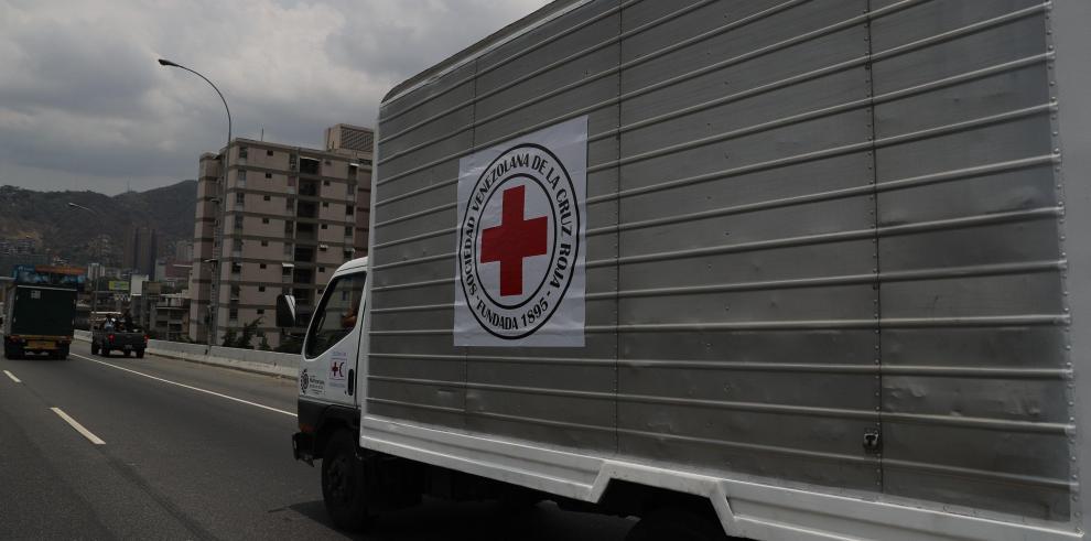 Llega asistencia a Venezuela tras acuerdo entre gobierno de Maduro y Cruz Roja