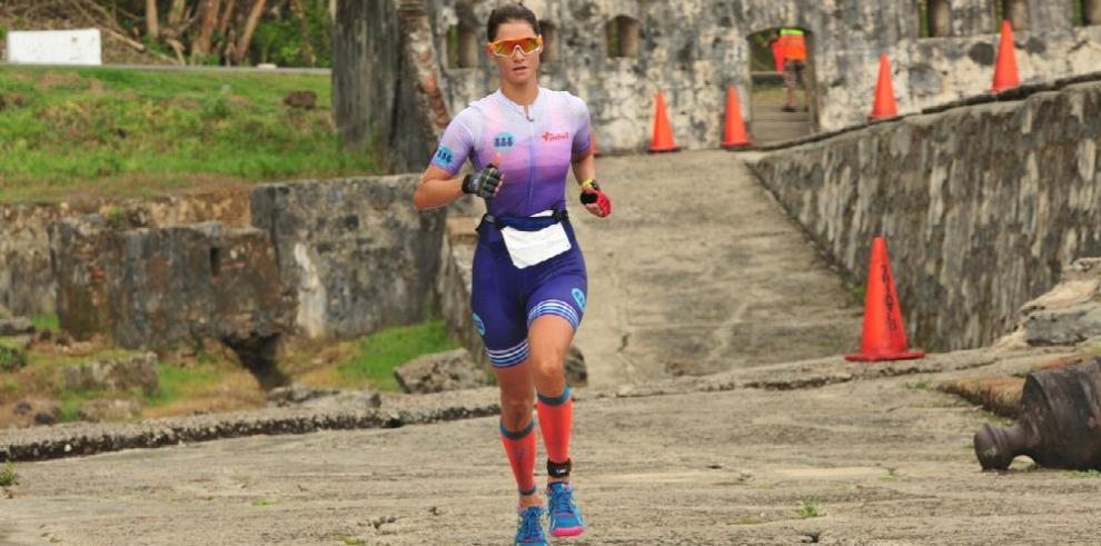 Villalta y Dementiev se lucen al ganar en el Triatlón de Portobelo