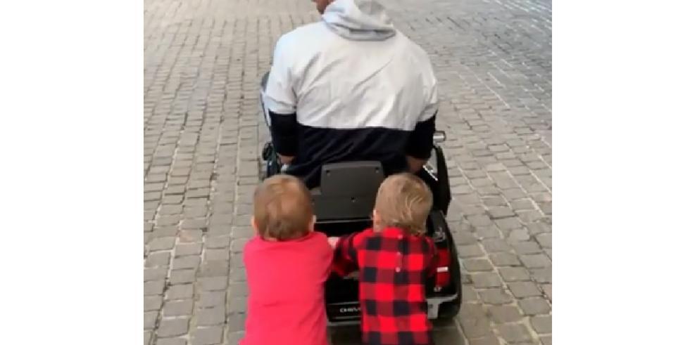 Enrique Iglesias derrite a sus seguidores con imágenes de sus hijos