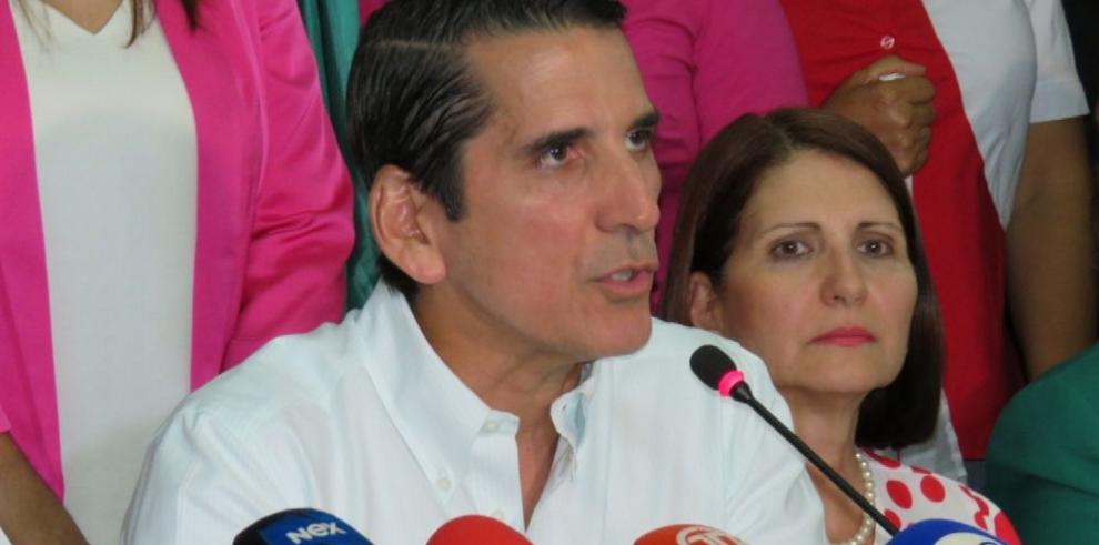 Roux acusa a Varela y a Cortizo de intentar afectar su campaña rumbo a la Presidencia