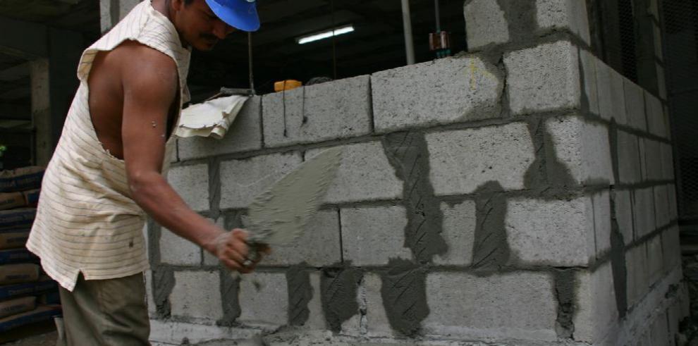 Industriales alertan ingreso de cemento 'Chimbo'