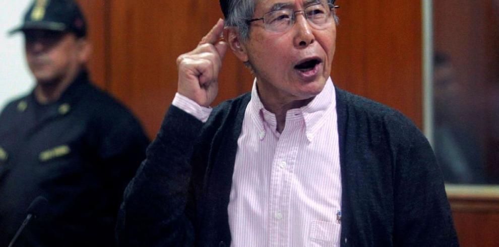 Fujimori es dado de alta y conducido a prisión