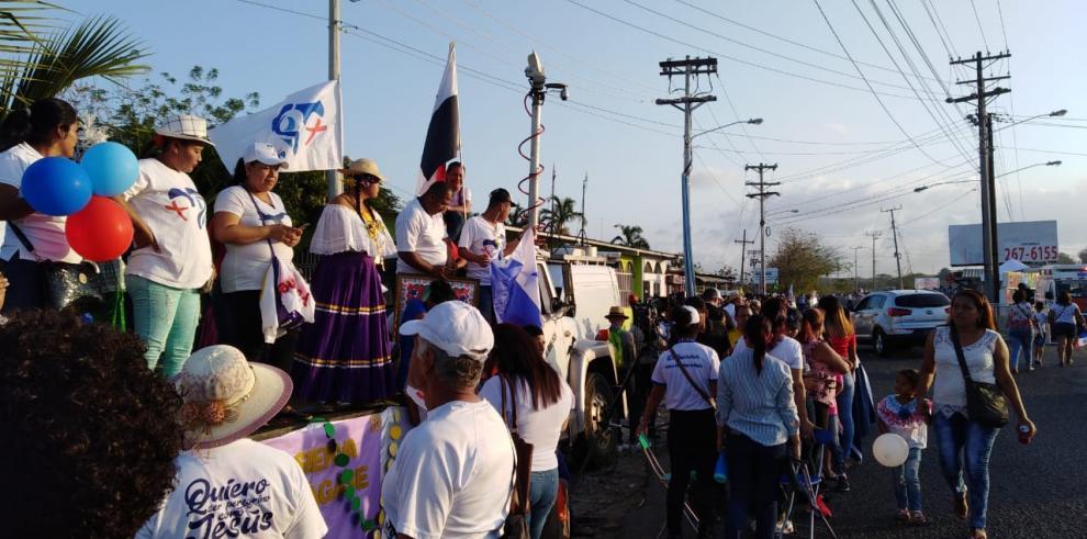 Multitud aguarda la llegada del Papa al corregimiento de Pacora