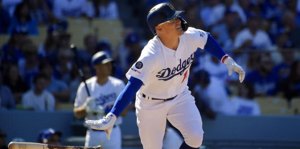 Dodgers descargan 8 jonrones y trituran a Diamondbacks