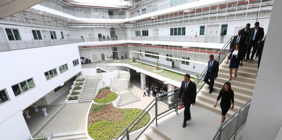 ITSE inicia actividad académica con la Escuela de Negocios