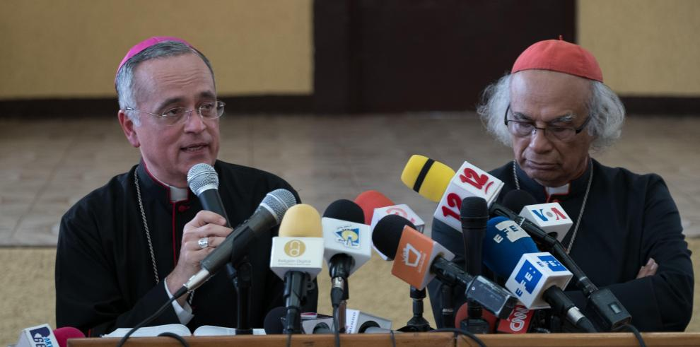 Obispo nicaragüense será trasladado al Vaticano y denuncia