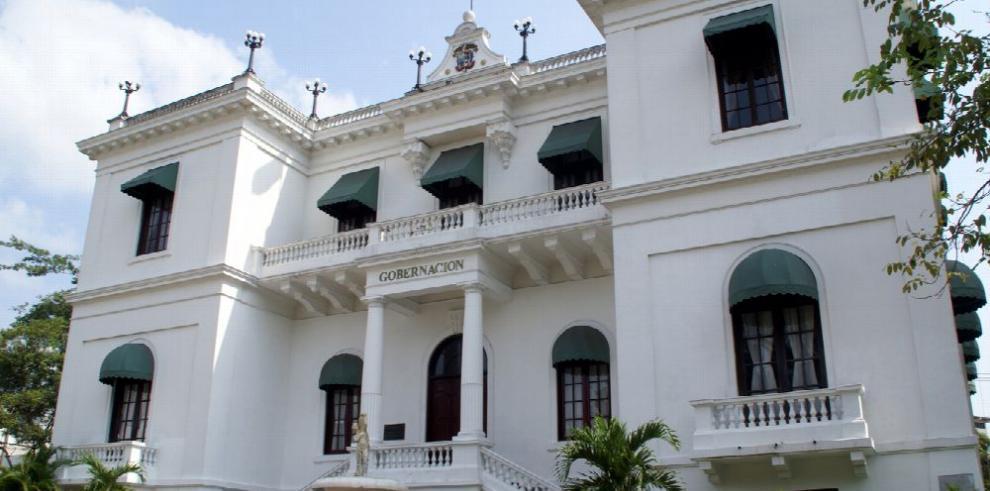 Aprueban remozar edificio de la Gobernación