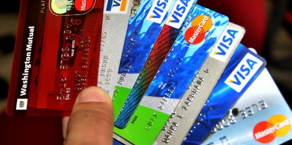 Tarjetas de crédito de St. Georges Bank y Ficohsa tienen las tasas más altas, según Acodeco
