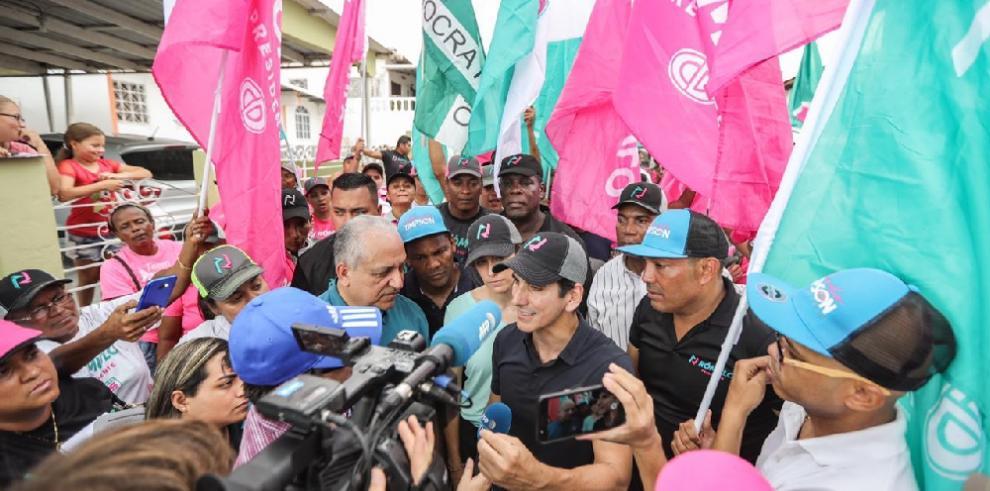 Rómulo Roux reitera en San Antonio que aumentará pago de los jubilados