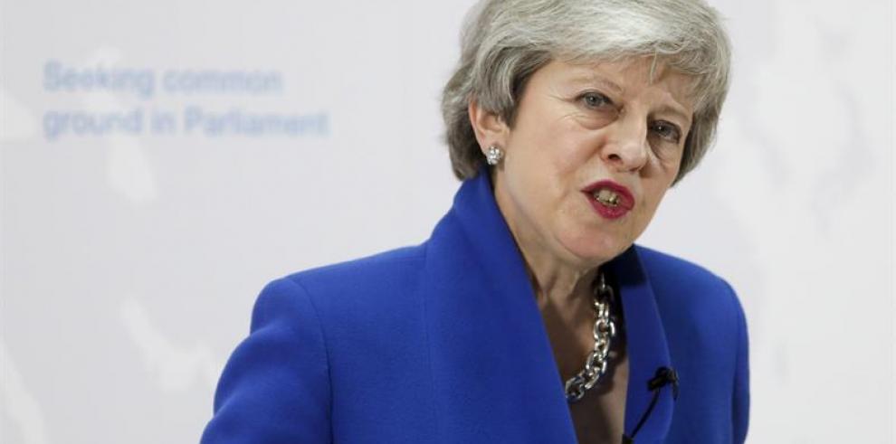 May abre la puerta a otro referéndum del