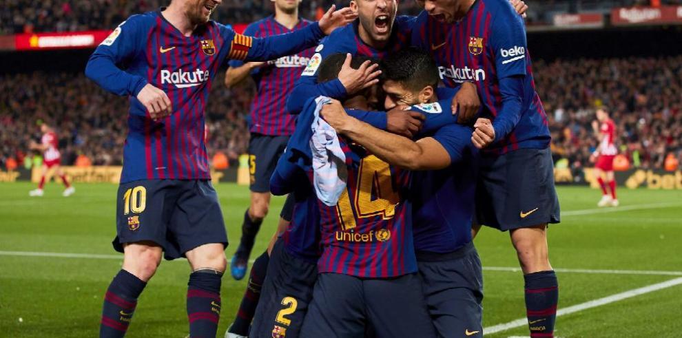 Suárez y Messi le dan otro título al Barcelona