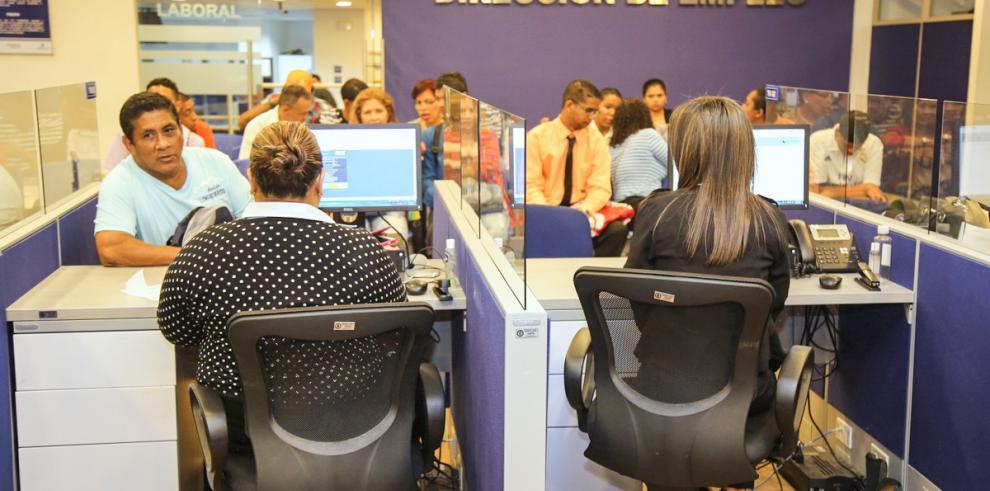 Mitradel insertó al mercado laboral 1,829 panameños