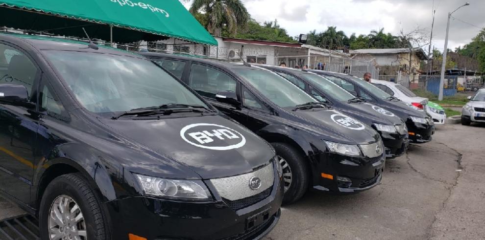 ENSA instala estación de recarga eléctrica para transportistas de Colón