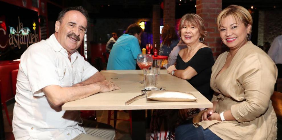 Apertura del restaurante La Castañuela