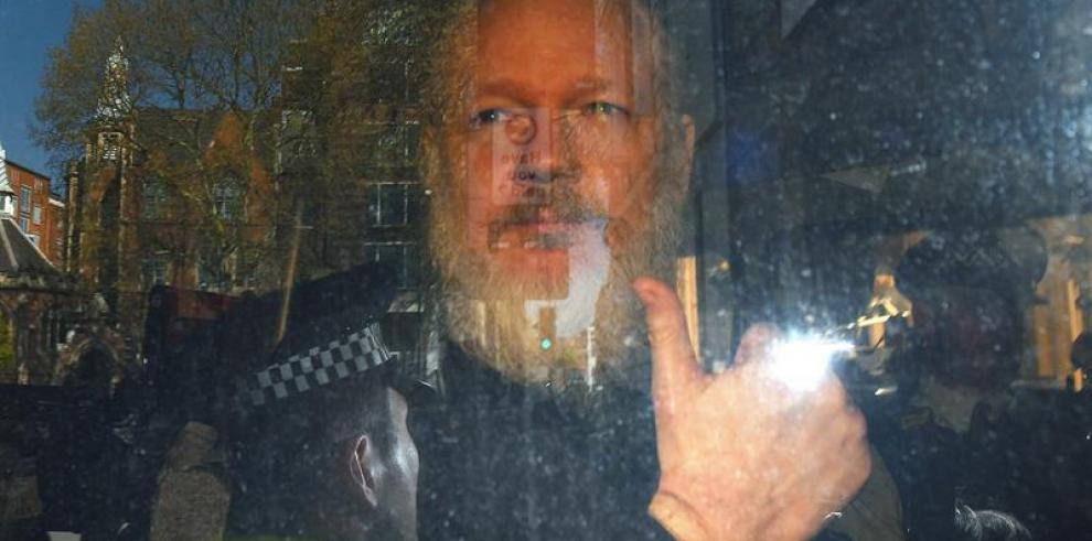 Assange, fundador de WikiLeaks, detenido por orden de extradición de EE.UU.