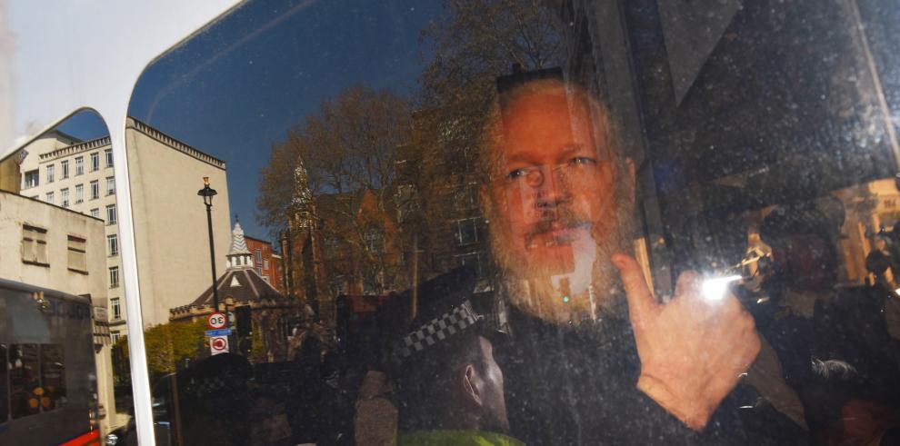 Relator de la ONU insiste en reunirse con Assange tras su arresto en Londres