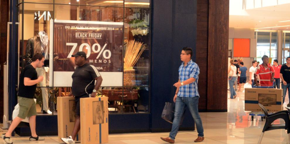 Consumidores recuperan más de $1.0 millón por programa de negocio responsable