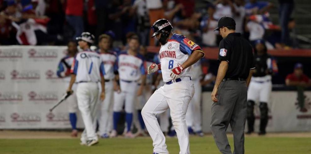 Dominicana busca ganarle a Panamá para ir a la final de la Serie del Caribe
