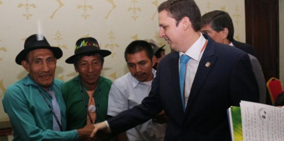 Indígenas avalan interconexión
