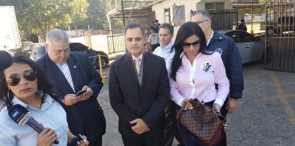 Cambian medida cautelar a favor del abogado Ramsés Owens