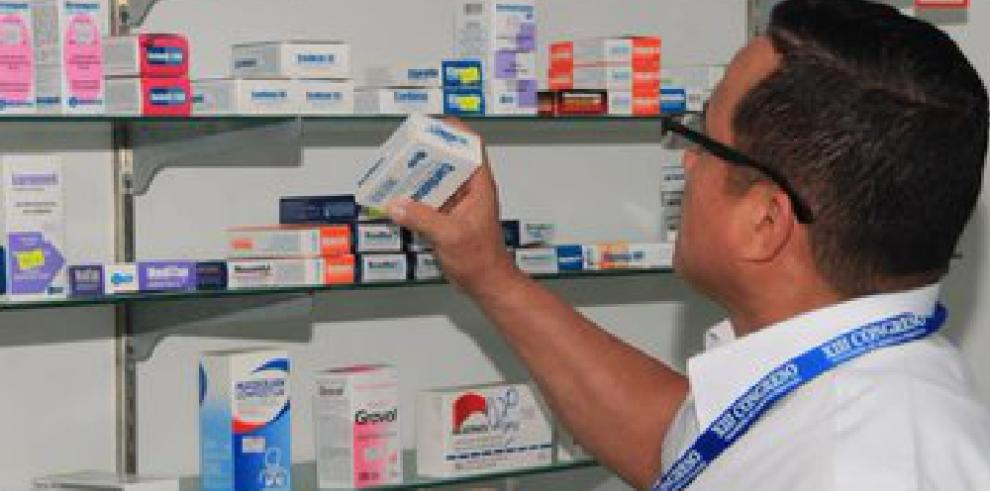 El Minsa detecta medicamentos vencidos en Colón