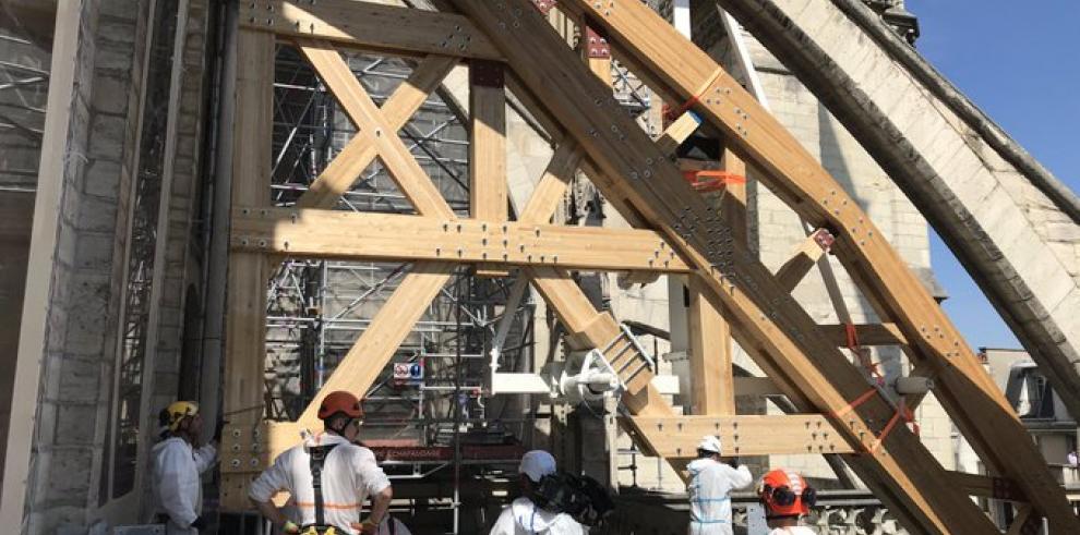 Suspendidas las obras de Notre Dame por la seguridad de los trabajadores