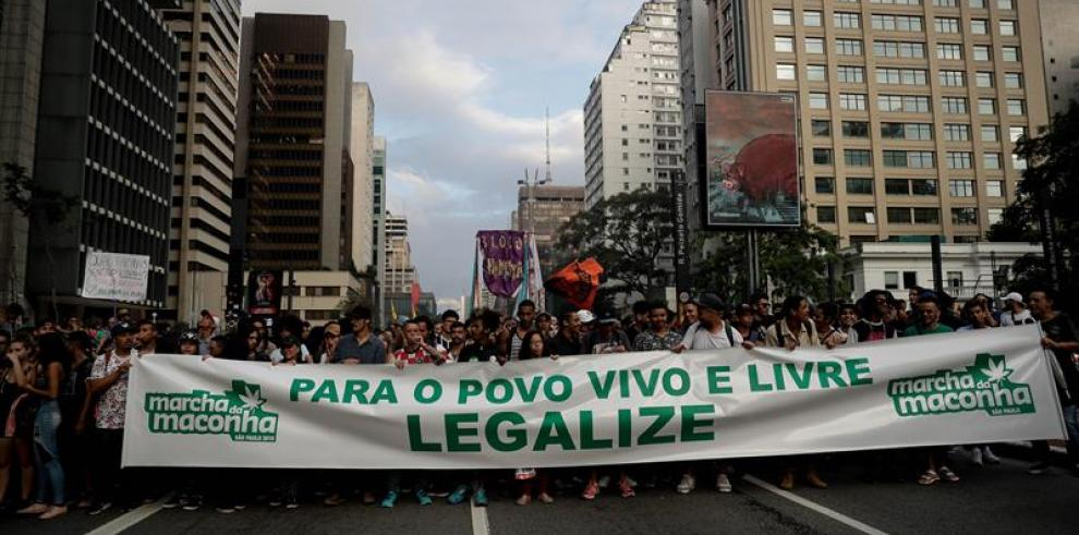 Marchan en Sao Paulo por despenalización de marihuana para consumo personal