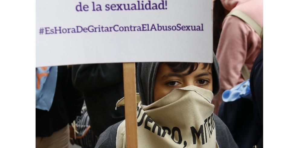 Niños y adolescentes toman Asunción contra la impunidad en abusos sexuales