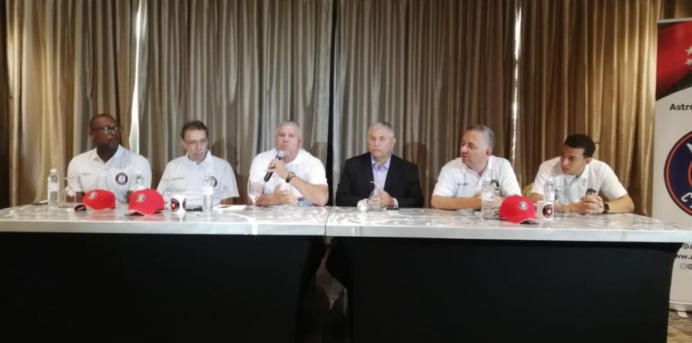Exgrandes ligas venezolano Luis Sojo, gerente de los Astros de Chiriquí