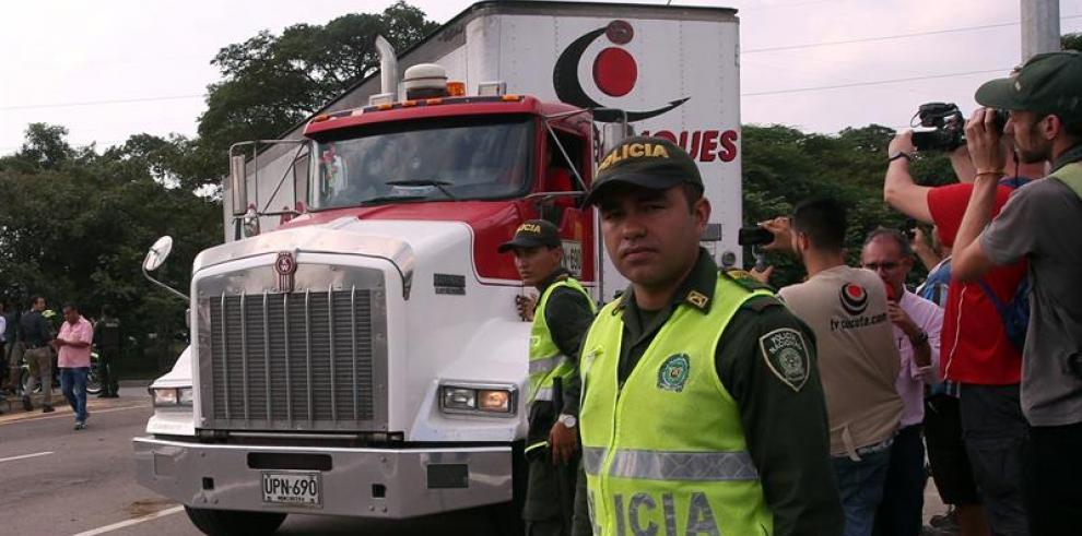 Venezolanos comienzan a organizar eventual distribución de ayuda humanitaria