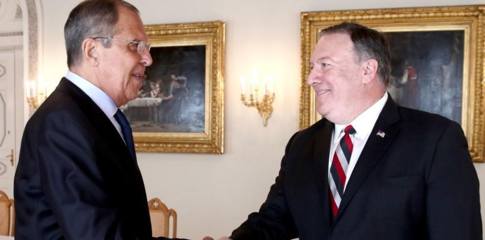 Lavrov y Pompeo debatirán este martes la prórroga del Nuevo START en Sochi