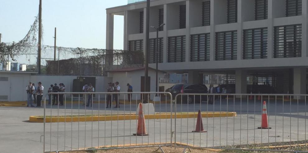 Tribunal Electoral realiza audiencia contra Martinelli en su ausencia