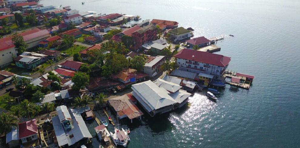 Seis empresas presentan propuesta de revitalización turística en isla Colón