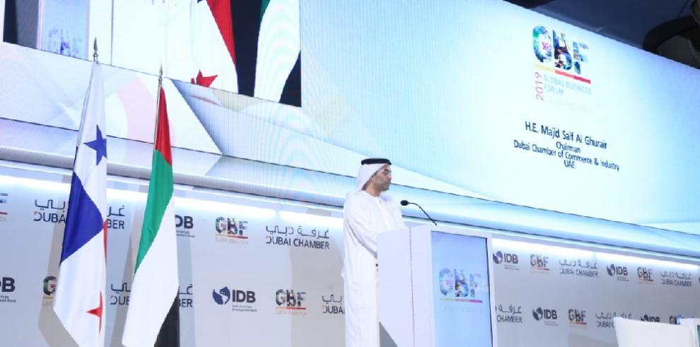 Varela resalta la conectividad de Dubai y Panamá en inauguración de foro