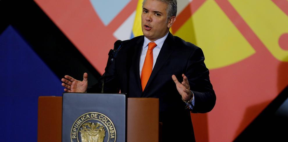 Presidente de Colombia sufre revés con rechazo a objeciones a Justicia de Paz